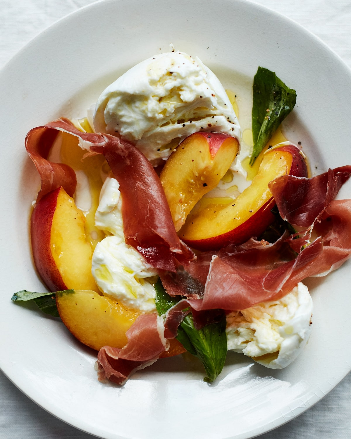 Mozzarella_Peach_Salad_17